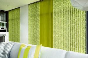 Vertical_Confetti_Chartreuse_Cameo